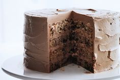 Chocolate Flecked Layer cake with Milk Chocolate Frosting. Go-to special-occasion cake: a tall, tender beauty that's sophisticated yet easy to make. What saves the lush milk chocolate frosting from being cloying is the addition of tangy sour cream. Mothers Day Desserts, Just Desserts, Delicious Desserts, Delicious Chocolate, Dessert Healthy, Milk Chocolate Frosting Recipe, Chocolate Cream, Chocolate Cakes, Chocolate Buttercream