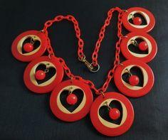 1940s Bakelite necklace