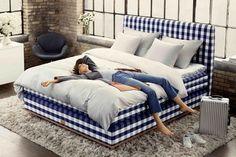 Elsa Hosk for Swedish Hästens Bed - Sleep well, Elsa! Luxury Bedroom Furniture, Luxury Bedding, Bedroom Decor, Contemporary Bedroom, Modern Bedroom, Home Design, Best Mattress, Cozy Bed, Dream Decor