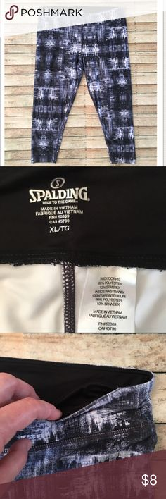 XL Spalding Capri Athletic Leggings EUC XL Spalding Athletic Capri-length Leggings. White, black and gray. Small pocket in front of waistband for locker key, car key, chapstick, etc. 88% Polyester, 12% Spandex *10% discount when you bundle 2 or more items from my closet! spalding Pants Leggings