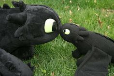 PZ Designs - Handmade Jewelry: Tutorial: The Making of a Plushie Dragon