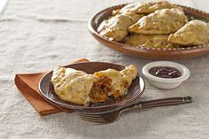 Looking for post-Thanksgiving recipes? Ready-to-use pie crusts make it easy to put together these awesome Turkey Empanadas with BBQ-Cranberry Sauce.