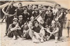 Photo of Tentara Keamanan Rakyat (TKR). Indonesian Independence, Army Names, Indonesian Art, Dutch East Indies, Dutch Colonial, Borneo, Armed Forces, Old Pictures, World War Ii