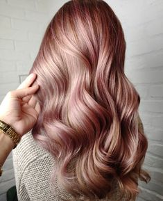 Oh, don't make me blush 🌷 Out of all of the pastel hair colors out there, rose gold never goes out of style. It's glamorous and sophisticated in equal measure, plus it's a perfect color for autumn 🤗 hair x @shayhairdesign from Salon 124 Sugarloaf #124FAM Rose Gold Hair, Pastel Hair, Blush Roses, Mermaid Hair, Fall Hair, Hair Colors, New Trends, Going Out, Salons