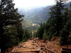 THE 7 MOST AMAZING OUTDOOR HIDDEN GEMS IN COLORADO-Manitou Incline Colorado springs