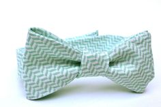 Hey, I found this really awesome Etsy listing at https://www.etsy.com/listing/118952628/boys-bow-tie-mint-green-tiny-herringbone