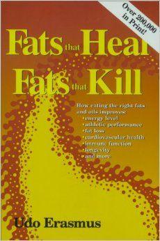 """Udo #Erasmus ' Werk über Fette ist das bisher stärkste Kompendium zum Makronährstoff """"Fett"""" was mir untergekommen ist. Ich gehe nicht immer d'accord mit Erasmus Aussagen, aber in diesem Buch lernst du wirklich ALLEs über Fette und Öle was es zu wissen gibt. Von der Produktion über die Biochemie bis hin zur Wirkung im Körper. Wer kritisch an dieses #Buch herangeht, kann hier sehr viel lernen #Fett #Ernährung #Öl #Fette #Gesundheit #Buchempfehlung"""