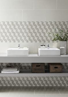 Regal Cubis Mosaics Bulles et mosaïques – La touche d'Agathe – salles de bain, bathroom, bath, bain, shower, sink, lavabos, towel, serviettes, vanity, galets - toilet toilettes