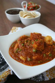 Weigh-Less Cape Malay Chicken Curry Healthy Meals, Healthy Food, Easy Meals, Healthy Eating, Healthy Recipes, South African Recipes, Indian Food Recipes, Ethnic Recipes, Malay Food