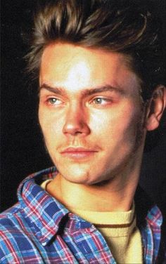 River Phoenix Actor Multiple Drug Intoxication Cremated-ashes scattered at family ranch River Phoenix, Rain Phoenix, River I, Phoenix Images, Actor Picture, Little Bit, No One Loves Me, Male Beauty