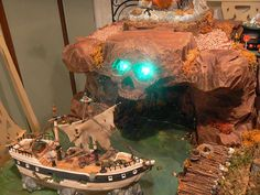 Pirate's Cove, haunted boardwalk platform - - This was another huge Halloween display piece for my friend Katie. It features the skull cave and broken down boardwalk. This piece is FANTASTIC! Halloween Diorama, Halloween Village Display, Halloween House, Spooky Halloween, Holidays Halloween, Halloween Decorations, Haunted Dollhouse, Dollhouse Ideas, Haunted Mansion