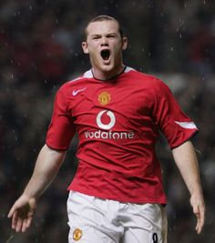 Wayne Rooney of Manchester United celebrates scoring the second goal during the Barclays Premiership match between Manchester United and Arsenal at Old Trafford on October 2004 in Manchester,. Get premium, high resolution news photos at Getty Images Uefa Football, Football Love, Best Football Team, Football Players, Football Stuff, Wayne Rooney, Manchester United Football, Old Trafford, Man United