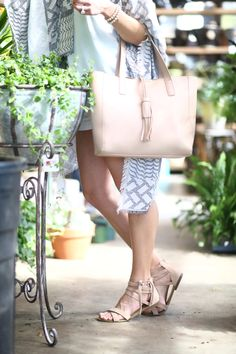 National Women's Month, Living With Landyn, Womens Month, Weekend Style, Fashion Looks, Footwear, Celebrities, Bags, Gardening
