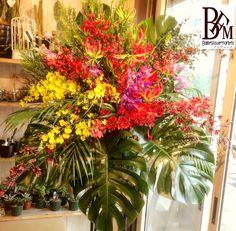 花ギフトのプレゼントBFM 南国風のお祝いスタンド花です。