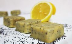 <p>These lemon poppy seed white chocolates are deliciously creamy with a nice tart finish. The poppy seeds also give the treats a wonderful crunch at the end. </p>