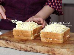 먹자마자 중독! 인기가요 샌드위치만들기 ⓦ 스누퍼 수현 레시피 : 네이버 블로그 Brunch Cafe, K Food, Bread Cake, Breakfast Snacks, Easy Cooking, Bread Baking, Feta, Sandwiches, Deserts