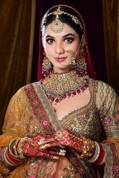 """""""To nail that wedding look, every bride-to-be remains on a constant lookout for that perfect Indian bridal makeup look. Every day social media is flooded with various makeup trends, and you need to be careful before with your bridal look. From traditional bridal look to minimal makeup, check out Our Favorite 51 Indian Bridal Makeup Looks before selecting yours. """" Bridal Makeup Looks, Indian Bridal Makeup, Indian Bridal Fashion, Bridal Henna, Bridal Looks, Wedding Makeup, Bridal Dress Design, Bridal Style, Bridal Boudoir Photography"""