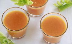 Zumo de verano para la piel a base de naranja, zanahoria y apio. Delicioso, sano y sencillo de hacer con Thermomix. Y con sólo 20 kcal.