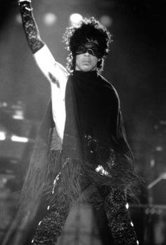 Prince 💜 ♊ 👑 ⭐ 🔥 💯 👊 💜 #PRINCE