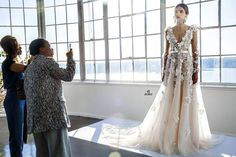 aisleperfect.com wp-content uploads 2016 04 Marchesa-Spring-2017-_-Amy-Anaiz-Photography-59.jpg