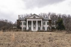 Abandoned Virginia Mansion/Plantation | by tommybaboon