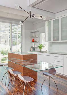 Contemporary Kitchen by Vladimir Radutny Architects Kitchen Dinning, Glass Kitchen, New Kitchen, Kitchen Decor, Kitchen Ideas, Kitchen Interior, Home Interior Design, Glass Countertops, Kitchen Counters