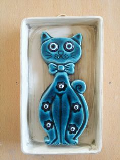 Advantages of Using Pottery for Inside Design Ceramic Wall Art, Ceramic Pottery, Clay Cats, Creta, Evil Eye Jewelry, Pottery Sculpture, Diy Clay, Stuffed Animal Patterns, Clay Projects