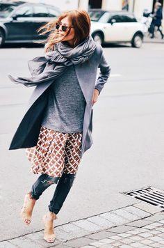 Monochrome layers make the dress-over-jeans idea look easy enough for everyday. Click through to shop the look. Fashion Mode, Look Fashion, Winter Fashion, Womens Fashion, Fashion Tips, Net Fashion, Style Work, Style Me, Style Hair
