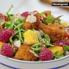 #menú #plato #Ensalada de pollo con vinagreta de frambuesa --> https://www.petitchef.es/recetas/entrante/ensalada-de-pollo-con-vinagreta-de-frambuesa-fid-1542363?utm_content=buffer12a33&utm_medium=social&utm_source=pinterest.com&utm_campaign=buffer Gracias a Juanjo