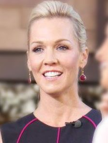 Jennie Garth in Stella & Dot's gorgeous Serenity Small Stone Earrings in Raspberry.