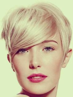 Very Cute Short Hairstyle 2014