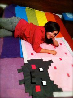 Do you love your cat? Hama Beads Minecraft, Minecraft Pixel Art, Minecraft Crafts, Minecraft Skins, Minecraft Buildings, Perler Beads, Emoji Room, Chibi Sketch, Nyan Cat