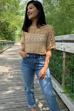 Cute Crochet, Crochet Yarn, Easy Crochet, Crochet Summer Tops, Crochet Tops, Crochet Blouse, Crochet Videos, Crochet Fashion, Top Pattern