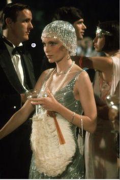 Mia Farrow as Daisy Buchanan in The Great Gatsby as seen in The New York Times Style Magazine Iconic Movie Characters, Iconic Movies, Great Gatsby Fashion, The Great Gatsby, 1920s Fashion Gatsby, Roaring 20s Fashion, 1920s Fashion Dresses, 1920s Outfits, Roaring Twenties