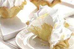 Mini lemon pie - revistamaru.com http://www.revistamaru.com/1643902-mini-lemon-pie