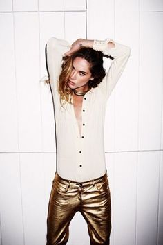 How to wear your gold pants