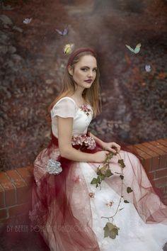 Photo: Beata Polańska Photography Title: whisper of a butterfly Model: Paula Miazga Mua: Dorota Ossowska Make-up Artist Dress: Beti Polańska