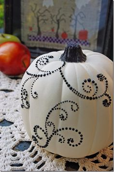 A Halloween pumpkin has a great significance to the celebration of Halloween. In every Halloween party or gathering, you can … White Pumpkins, Painted Pumpkins, Fall Pumpkins, Halloween Pumpkins, Wedding Pumpkins, Christmas Pumpkins, Glitter Pumpkins, Holidays Halloween, Fall Halloween