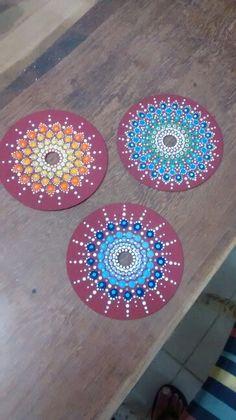Cd Dot Art Painting, Painting Patterns, Cd Crafts, Arts And Crafts, Cd Art, Nautical Gifts, Mandala Dots, Middle School Art, Dots Design