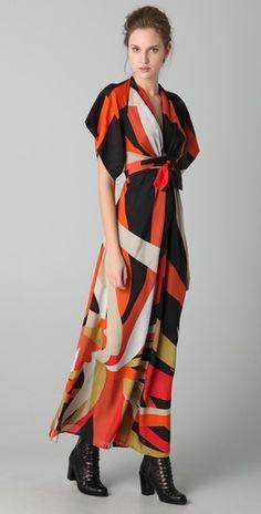 ohhhh...i loooove this dress!!!