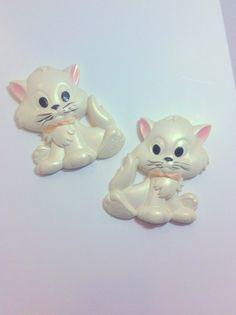 Chalkware Pair Kittens Vintage Cream White  Chalk Ware by Pesserae
