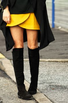 over the knee boots mosqueteras