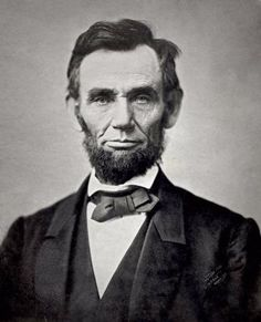 American president - Lincoln during the American Civil War of the All the American presidents that went before were all slaveholders. Lincoln was the first Republican president. The Republican Party was founded to abolish slavery. American Presidents, American Civil War, American History, Black Presidents, Famous Presidents, Presidents Book, Frases Abraham Lincoln, Abraham Lincoln Images, Gettysburg Address