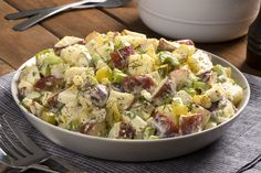 This is a classic potato salad - just like you remember. Made with red potatoes, onions, celery, chopped pickles and hard-boiled eggs, our Great Canadian Potato Salad is a summer stand-by. Potato Salad Dill, Potato Salad Mustard, Potato Salad Dressing, Potato Salad Recipe Easy, Potato Salad With Egg, The Menu, Pasta Primavera, Pastas Recipes, Soup Recipes