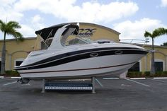 Used 2007 Four Winns 278 Vista Cruiser boat for sale in West Palm Beach, FL