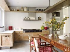 rustic wood cabinets / kitchen design