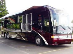 From spa-like bathrooms to wireless mobile offices, today& high-end RVs offer all the comforts of home so it& easy to hit the road in style. Rv Motorhomes, Luxury Motorhomes, Luxury Campers, Bus Camper, Cool Rvs, The Road, Camper Awnings, Rv Camping, Glamping
