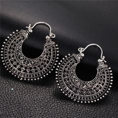 17KM New Hollow Out Double Sides Tibetan Silver Color Hoop Fashion Vintage Earrings For Women Wholesale Jewelry Drop