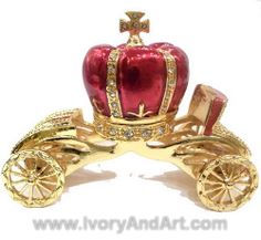 cinderella carriage | Trinket Box - Cinderella Carriage Red