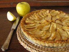 Tarta de manzana, mijo y avellana